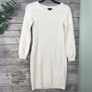 H&M | off white long sleeve knit dress size small